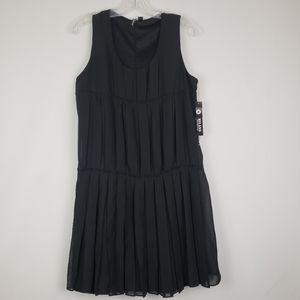NWT Milano Tier Pleated Dress Size 8